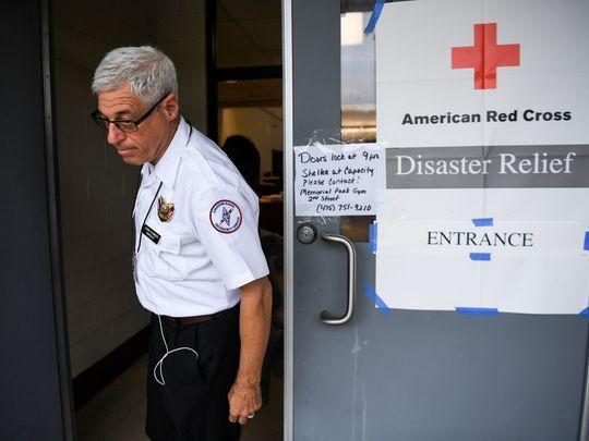 Hurricane-Irma-red cross